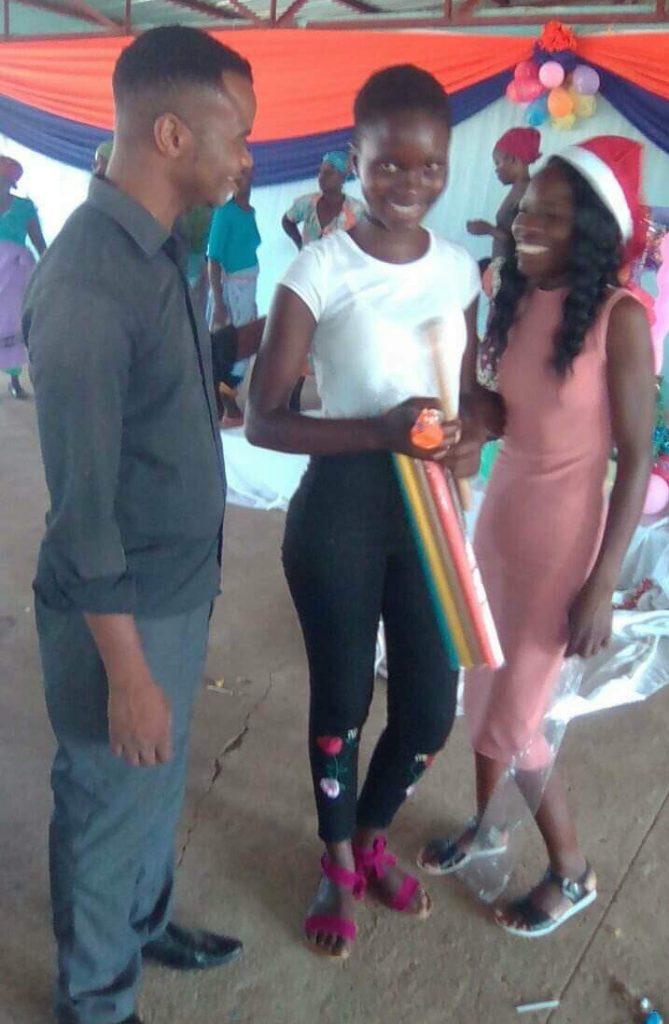 orphans_christmas_xonge